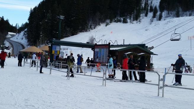 no-crowds-at-lifts800